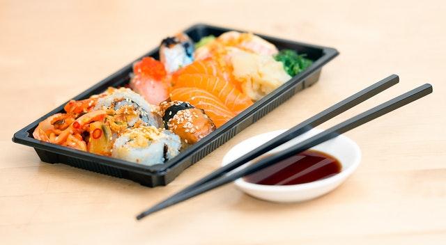 welke wijn bij sushi